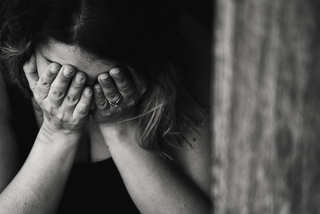 Депресирана Жена - Снимка