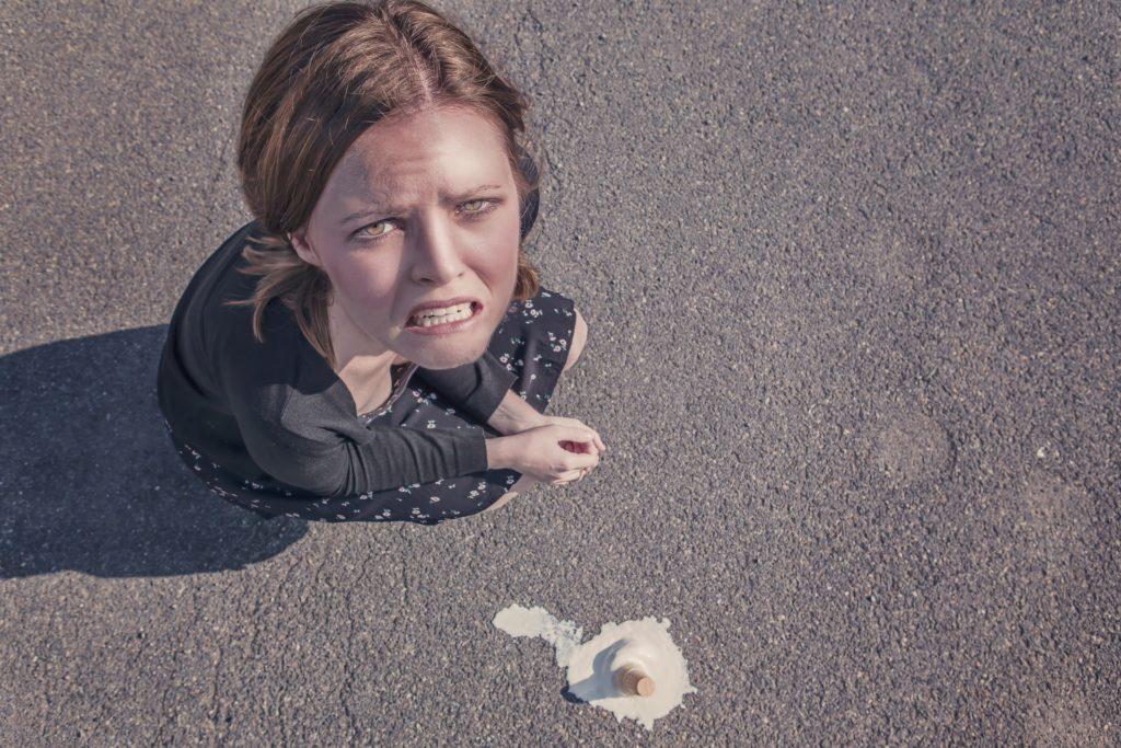 Снимка на жена изпуснала сладолед