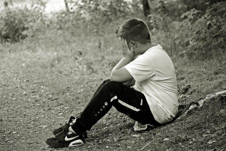 Снимка на изоставено дете